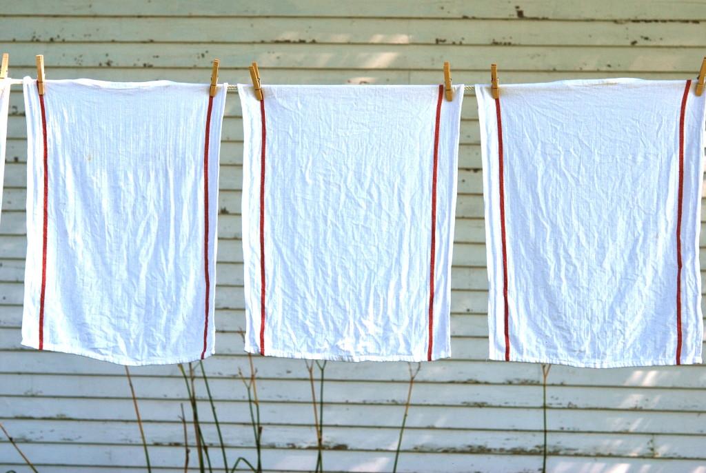 LAUNDRY-LINE-TOWELS-H-1024x686