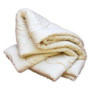 organic-wool-comforter-priscilla-woolworth